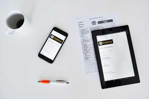 Erstatter papirskjemaer og manuelle sjekklister.